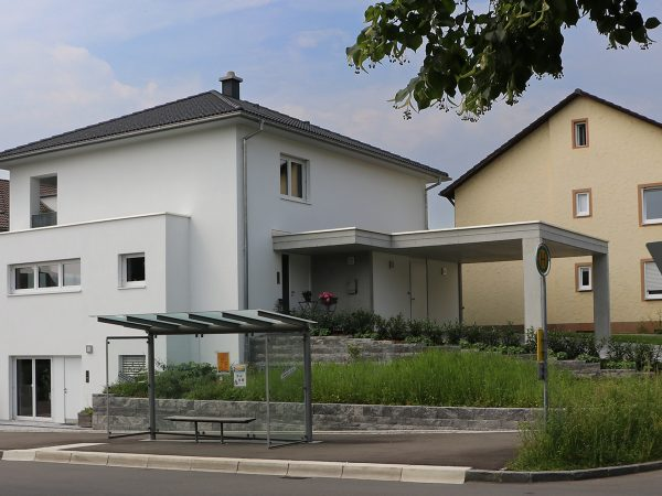 Einfamilienhaus mit Büro und Carport in Lindau